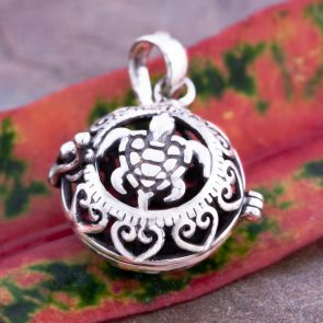 Turtle Magic Big Pendant